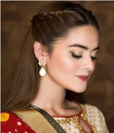 25 Simple and Latest Hairstyles for lehenga images in 2019 - Buy lehenga choli online Pakistani Wedding Hairstyles, Lehenga Hairstyles, Hairstyles For Gowns, Open Hairstyles, Braided Hairstyles Updo, Wedding Hairstyles For Long Hair, Braids For Long Hair, Latest Hairstyles, Bridesmaid Hairstyles