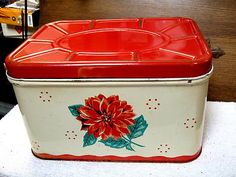 Vintage Metal Bread Box.  (I HAD ONE JUST LIKE THIS AS A LITTLE GIRL! carried my embroidery thread in it )
