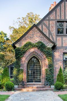 Glenridge Hall Documentation Project : Jeff Herr Photography located in Atlanta Georgia specializing in architectural, editorial, location, travel, food and gardens since Beautiful Houses Interior, Beautiful Homes, Salvatore Boarding House, Tudor House Exterior, Storybook Homes, Tudor Style Homes, Up House, Home Design, My Dream Home