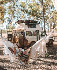 Autoleben hackt Videos life diy life diy how to build life diy ideas life diy interiors life diy projects Bus Life, Camper Life, Camper Van, Diy Van Conversions, Bus Conversion, Car Life Hacks, Kombi Home, Van Home, Vans