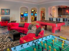 65 Cool Hangout Room Design For Your House Teen Game Rooms, Small Game Rooms, Video Game Rooms, Family Game Rooms, Game Room Design, Family Room Design, Salas Lounge, Arcade Room, Game Room Basement