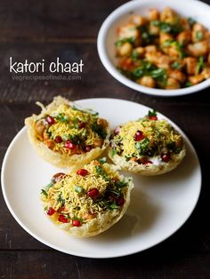 katori chaat also known as tokri chaat is a popular chaat snack from north india. fried potato baskets are topped with cooked chana, boiled potatoes, sweet and spicy chutneys, curd and a few spice powders. Goan Recipes, Spicy Recipes, Appetizer Recipes, Cooking Recipes, Appetizers, Indian Dessert Recipes, Indian Snacks, Indian Recipes, Papdi Chaat