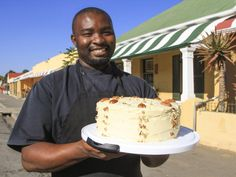 Maswazi Mabusela is the breakfast chef at Cradock's Victoria Manor Hotel. He also harbours a deep passion for baking award winning carrot cakes Sweet Recipes, Cake Recipes, Dessert Recipes, Award Winning Carrot Cake Recipe, Best Carrot Cake, Carrot Cakes, Cake Competition, Baking Business, Vegan Baking