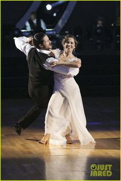 Ginger & Val Viennese Waltz Icons Night: Whitney Houston