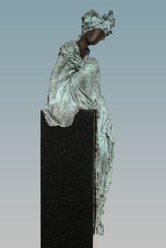 Human Sculpture, Sculpture Art, Sculpture Ideas, Traditional Sculptures, Fantasy Figures, Sculpture Projects, Pablo Picasso, Art Forms, Sculpting