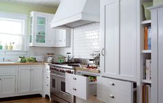 #kitchen    Love the subway tile. I think this is more my style.