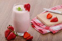 Strawberry Smoothie Strawberry Smoothie, Frisk, Pcos, Diabetes, Panna Cotta, Keto, Ethnic Recipes, Strawberry Milkshake, Dulce De Leche