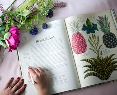 It can be a struggle to find creative wedding guest book ideas that are as good looking as they are fun. So created nine wedding guest book alternatives that are as hip as they are affordable, and easy to create. Create a stylish keepsake with all of those precious memories of your wedding day.