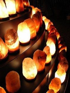 Himalayan Rock Salt Lamp Benefits - Here's what a Himalayan salt lamp is and how it works, whether they really do generate negative ions, the reported health benefits of salt lamps, and 4 important considerations when choosing the best Himalayan crystal salt lamp for your home.