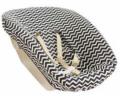Tripp Trapp Newbornhoes met zwart/witte zigzag print. Neem voor meer Newbornhoezen een kijkje op www.ukje.nl