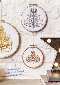 Gallery.ru / Фото #44 - Punto de cruz loco - Octubre el año 2016 220 - Chispitas Christmas Cross, Metallic Paint, Wonderful Time, Crochet Stitches, Cross Stitch Patterns, Decorative Plates, Chandeliers, Stitching, Garden