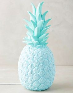 Goodnight Light Lampe Ananas UK Plug in Bleu – Urban Outfitters Pineapple Lights, Pineapple Lamp, Pineapple Girl, Azul Tiffany, Tiffany Blue, Fred Instagram, Light Blue Aesthetic, Urban Outfitters Home, Everything Is Blue