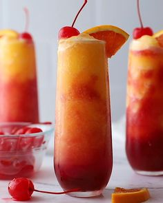 Alcoholic Punch Recipes, Frozen Drink Recipes, Alcohol Drink Recipes, Alcoholic Desserts, Alcoholic Drinks For Summer, Alcoholic Drinks With Ginger Ale, Tropical Alcoholic Drinks, Ginger Ale Cocktail, Hawaiian Drinks