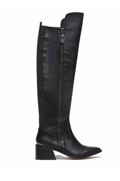 30 Classic Boots You'll Have Forever  #refinery29  http://www.refinery29.com/knee-high-boots-fall-2014#slide11