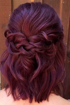 Trendy Hairstyles for Medium Length Hair You Will Love ★ See more: http://glaminati.com/hairstyles-for-medium-length-hair/ #weddinghairstyles
