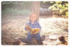 baby toddler photography books outdoors
