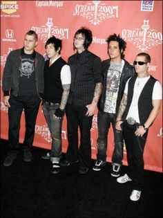 Aaahhg Jimmy and his glasses <3<3<3<3<3<3<3<3<3