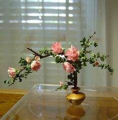 """Elegant pink roses  - 1"""" scale To contact artist: http://www.pinterest.com/minishirl/"""