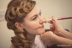 Kolorowe Inspiracje Ślubne: Fryzury ślubne - Vintage