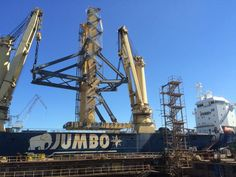Jumbo delivers 876-tonne vertical lay system from Poland to La Rochelle, France