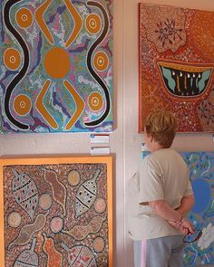 Indigenous Art in WA (Australia). 'Around 59,000 Aboriginal people call Western Australia home, comprising many different Indigenous peoples, speaking many distinct languages. The Art Gallery of Western Australia is a treasure trove of Indigenous art. In the state's north, the Kimberley encompasses the art of the Wandjina, the Gwion Gwion (Bradshaw) images and contemporary Indigenous art.' http://www.lonelyplanet.com/australia/western-australia