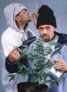 This image is a part of my smoke weed everyday Pinterest board about cannabis and marijuana 90s Hip Hop, Hip Hop Rap, Hip Hop Artists, Music Artists, Method Man Redman, Arte Do Hip Hop, Cannabis, Hip Hop Classics, Hip Hop World