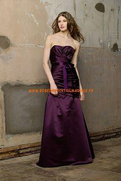 Robe sans bretelle 2013 plissé ceinture pourpre robe de cocktail satin