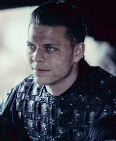 Ivar Le Désossé, Ivar Ragnarsson, Viking Aesthetic, Ivar The Boneless, Alex Hogh Andersen, A Guy Like You, Guys, Fictional Characters, Ideas