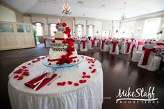 black white and red valentines table decorations | Pin Red Accent Is Just Stunning On This Black And White Zebra Cake ...