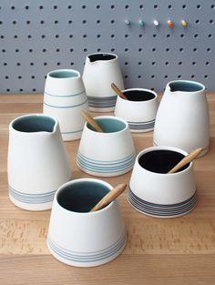 Small Porcelain Jug / Creamer. Handmade wheel por ByTheLinePottery