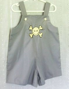 Boys bib shorts in gray cotton by SanmarnaStyle on Etsy, $12.00
