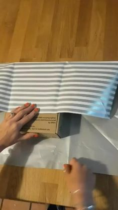 Creative Gift Wrapping, Present Wrapping, Creative Gifts, Easy Gift Wrapping Ideas, Diy Gift Wrapping Tutorial, Gift Wrapping Ideas For Birthdays, Gift Wrapping Techniques, Elegant Gift Wrapping, Gift Wrapping Bows