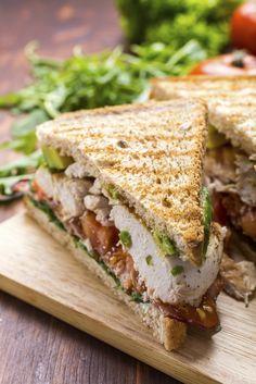 Chicken - bacon - avocado club sandwich - www. Bacon Avocado, Avocado Chicken, Pesto Chicken, Chicken Bacon, Grilled Chicken, Avocado Toast, Food Network Canada, Good Food, Yummy Food