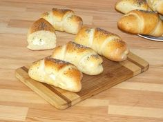 Soft, flaky, with a thin and elastic crust and a delicious filling, these feta cheese crescent rolls make the perfect breakfast :). These savory crescent rolls are kid friendly and they are also a … Bread Recipes, Whole Food Recipes, Cooking Recipes, Healthy Recipes, Crescent Roll Recipes, Crescent Rolls, Perfect Breakfast, Bread Rolls, Rolls Recipe