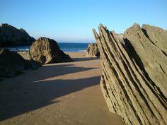 Playa de Covachos Playa nudista Dirección Barrio de Soto M-Arina Santa Cruz de Bezana, Cantabria