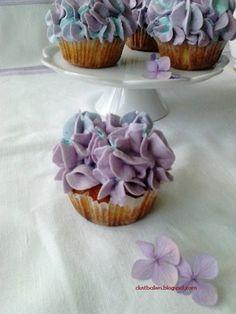 Hydrangea cupcake's