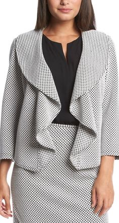 Such a fun take on a blazer featuring a basketweave print and a flowy open front design.