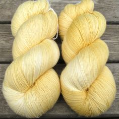 Jonquil is a buttery, warm, creamy yellow, named for that old-fashioned garden favorite. You'll see the same yellow in different strengths throughout the skein. These highs and lows will give lots of