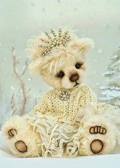 Three O'Clock Bears: Anastasia...on eBay!