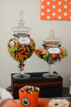 www.sweetlychicevents.com #halloween #halloweenparty #kidshalloweenparty     Photo by ExpressionsbyNicoleMarie