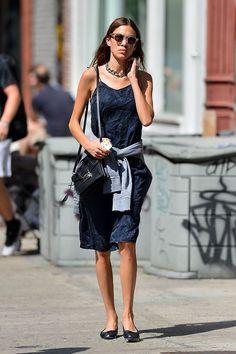 Alexa Chung Style, Girl Fashion, Fashion Dresses, Shops, Jeanne Damas, Ootd, Amazing Outfits, Trends, My Wardrobe