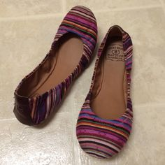 Lucky Brand flats shoes, size 7.5 This flats are gorgeous, worn once. very confortable Lucky Brand Shoes Flats & Loafers