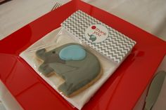 Love the cookie! Baby Elephant Birthday Party - Spaceships and Laser Beams