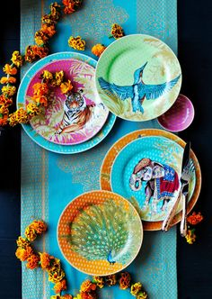 Inspired by India's stunning flora and fauna, our set of salad plates brings vibrant hues and unforgettable imagery to the table.