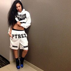 Pyrex Clothing. Pyrex Vision. Hip Hop Fashion. Hip Hop Outfit. Baggy Shorts. Swag. Dope Outfit. Urban. Streetwear