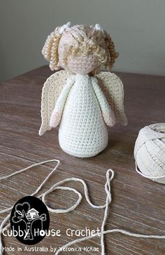 This Tutorial will help you create an 1 or 2 Piggy Tails out of yarn for your Dolls. This Tutorial will help you create an 1 or 2 Piggy Tails out of yarn for your Dolls. Ravelry: Yarn Hair Tutorial PigTails pattern by Veronica McRae CRAFTYisCOOL: Break it Crochet Dolls Free Patterns, Crochet Mandala Pattern, Christmas Crochet Patterns, Crochet Christmas Ornaments, Holiday Crochet, Doll Patterns, Crochet Snowflakes, Christmas Angels, Christmas Christmas
