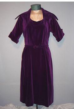 1950's Elegant Purple Velvet Cocktail Dress
