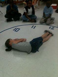 Techie Teacher Time: Telling Time Can Be Fun! Math Classroom, Kindergarten Math, Classroom Activities, Cool Math For Kids, Fun Math, Teaching Time, Teaching Math, Kinesthetic Learning, Telling Time Activities