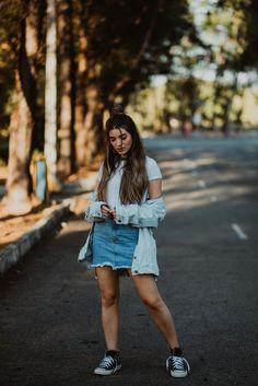 foto tumblr / street style / garota tumblr / all jeans / jaqueta over size  / estilo retro