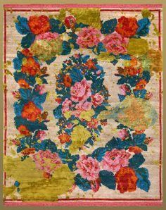 Jan Kath Teppiche – eine Reise um die Welt | Die Jan Kath Teppiche sind allesamt handgeknüpft in Teppichmanufakturen, die sich von Nepal, Thailand, Indien, Marokko bis in die Türkei erstrecken. From Russia with Love. wohn-designtrend.de/